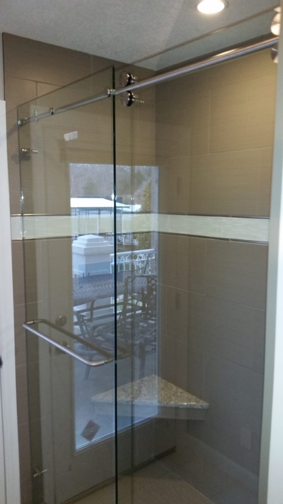 Cardinal Shower Door installed in Osage Beach
