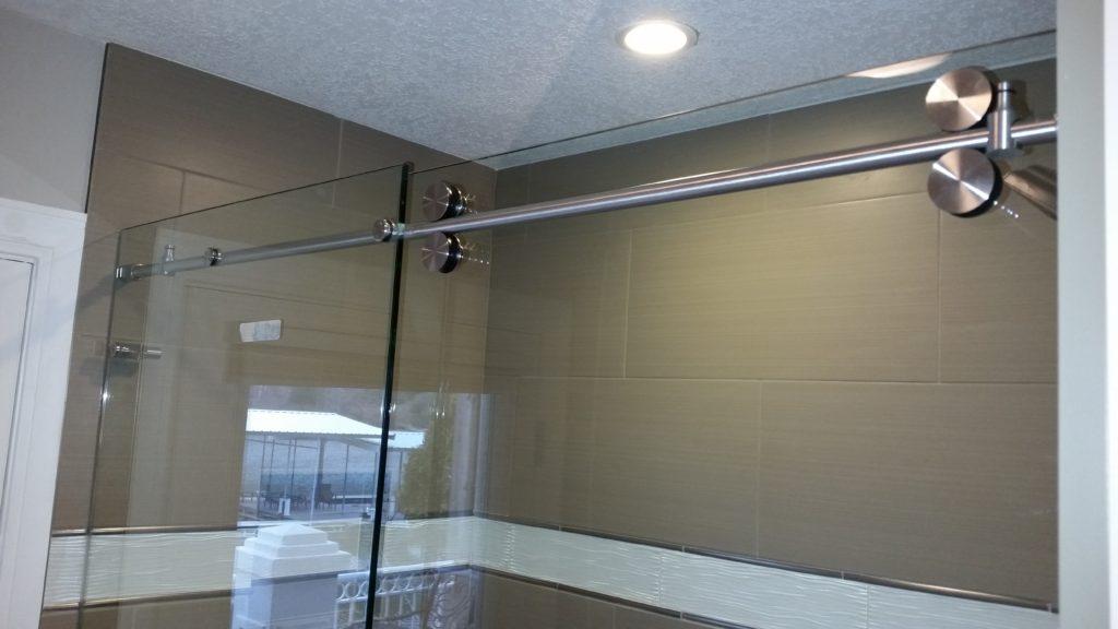 Shower Door in Four Season MO. Camdenton, Linn Creek,Sunrise Beach